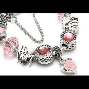 Jewelry - NEW I LOVE MOM crystal rhinestone Charm Bracelet